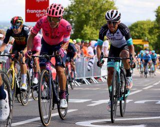 Tour de France 2021 - 108th Edition - 2nd stage Perros Guirec - Mur de Bretagne Guerledan 183,5 km - 27/06/2021 - Sergio Higuita (COL - EF Education - Nippo) - Esteban Chaves (COL - Team Bikeexchange) - photo Kei Tsuji/BettiniPhoto©2021