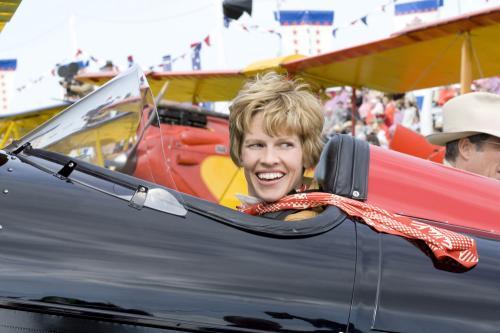 Amelia - Hilary Swank plays legendary aviator Amelia Earhart