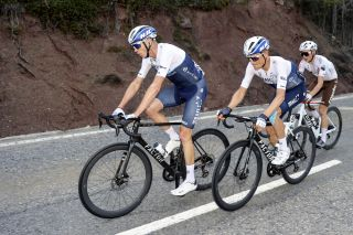 Chris Froome (Israel Start-Up Nation) suffered again on the climb to the finish