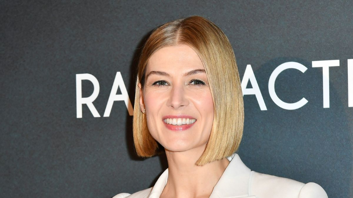 Why the blunt bob is the ultimate power haircut of the year