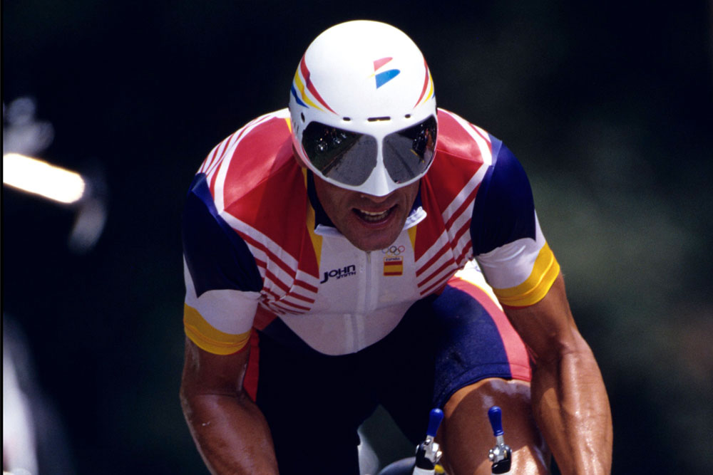 Big Mig on his way to Olympic gold  an acceptable deployment of an aero  helmet (Photo  Watson) 56a18e532