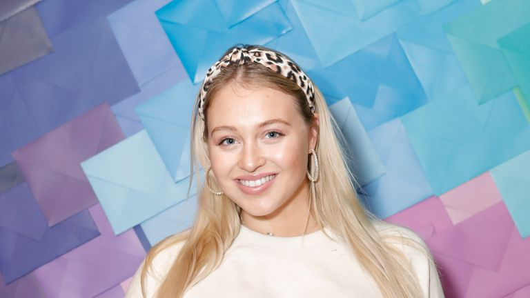 Iskra Lawrence attends as Aerie celebrates an Evening Of Change with with the #AerieREAL Role Models at The Blond on January 23, 2020 in New York City