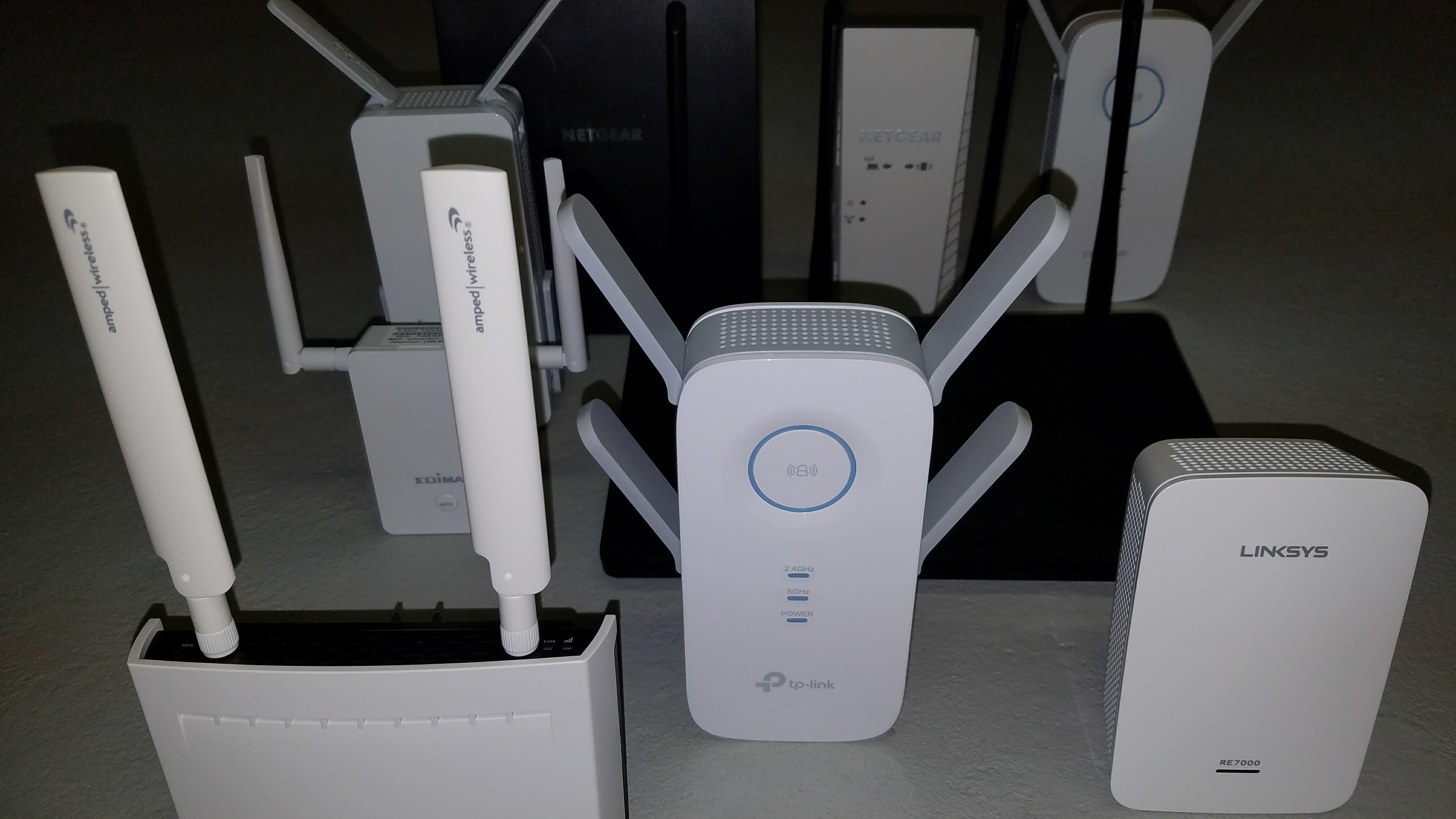 The best WiFi range extenders | PC Gamer