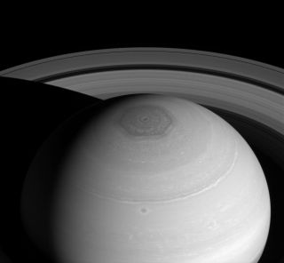 Saturn Vortex and Rings