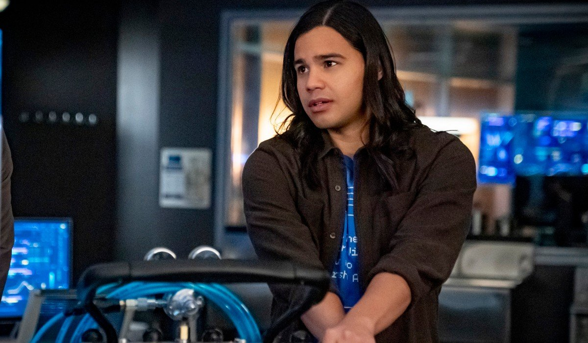 Cisco looking mildly concerned The Flash The CW