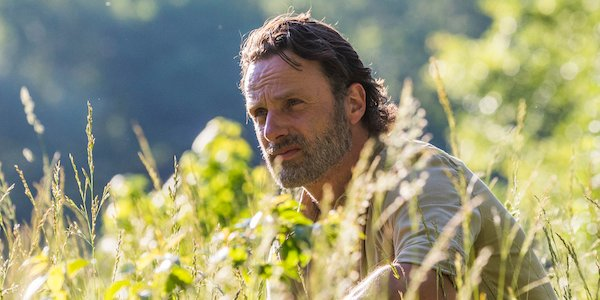 rick in the field the walking dead season 8