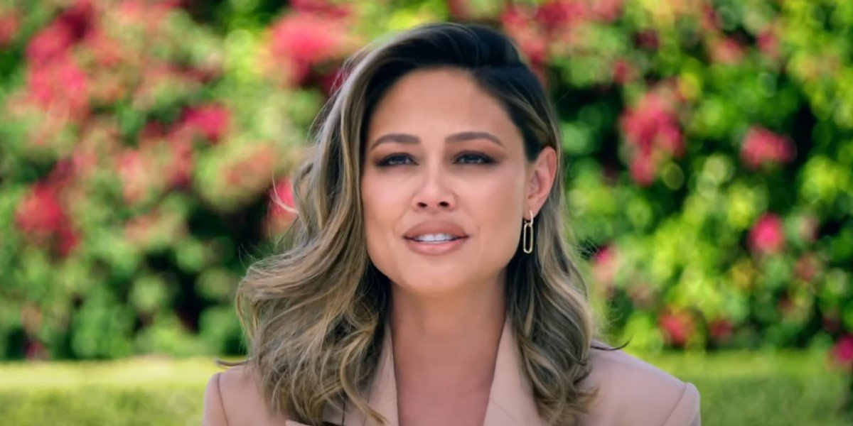 vanessa lachey talking about NCIS: Hawai'i in behind-the-scenes video