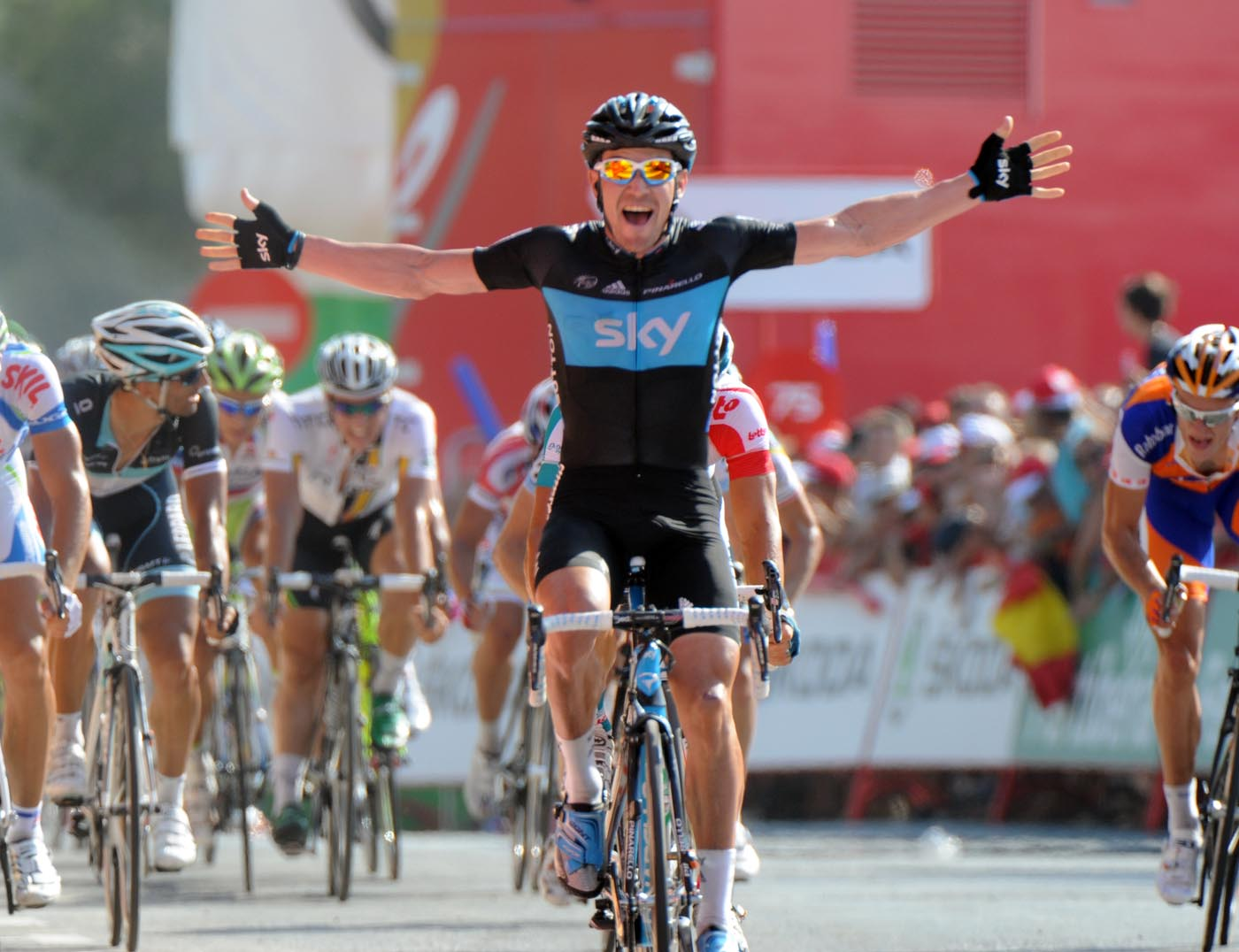 Chris Sutton wins, Vuelta a Espana 2011, stage two