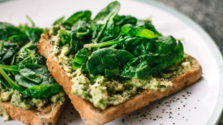 Vegan diet: spinach and avocado on toast