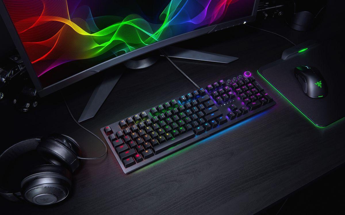 Razer Huntsman Elite Keyboard - Full Review and Benchmarks
