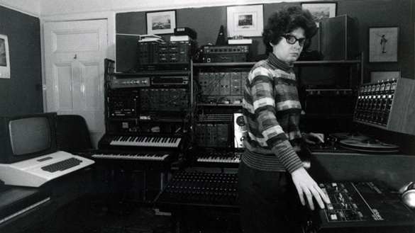 Janet Beat, a pioneer of British electronic music, releases first album at 83 years old