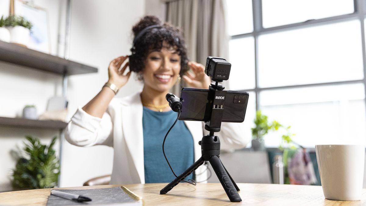 Rode's new mobile vlogging kits turn your smartphone into a portable studio - TechRadar