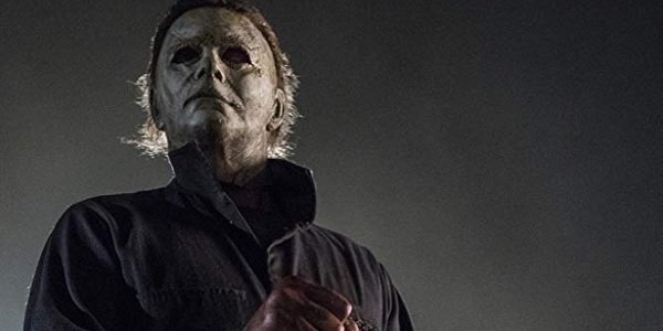 Halloween Michael Myers ready to strangle someone with a chain