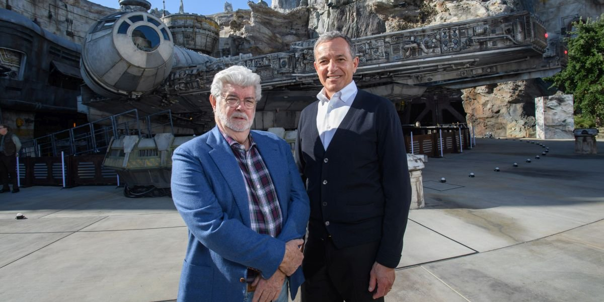 Bob Iger and George Lucas at the opening of Star wars: Galaxy's Edge