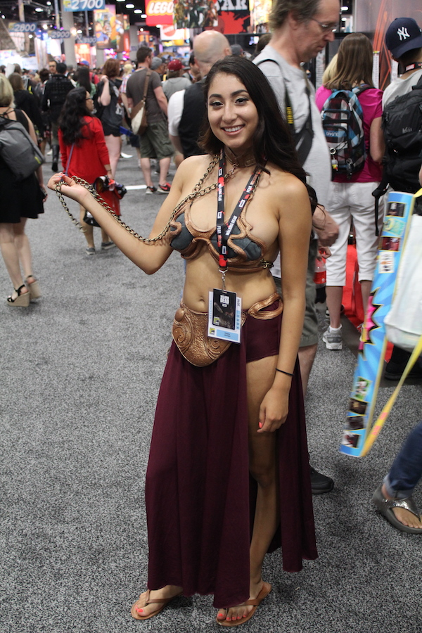 SDCC costume leia