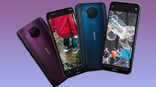 Nokia 5.4 models in Polar Night and Dusk color options