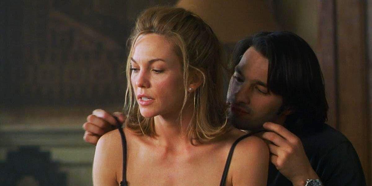 Diane Lane and Oliver Martinez in Unfaithful