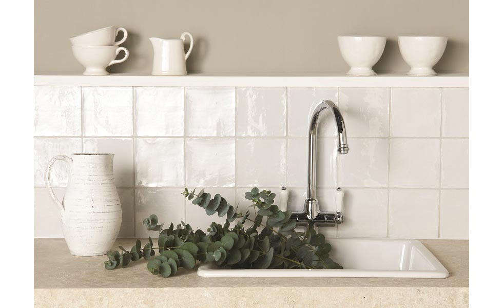 Painting Tiles Expert Diy Advice On How To Paint Tiles Easily Real Homes
