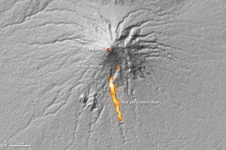 merapi-lava-dome-101109-02