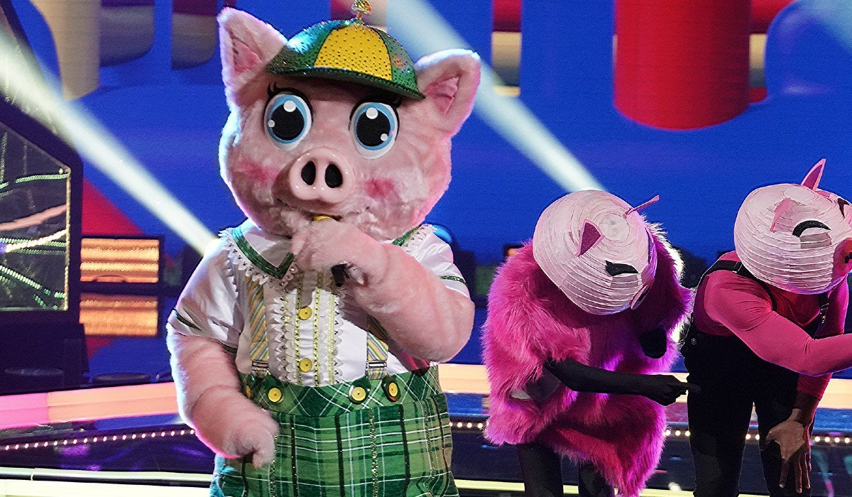 The Piglet singing on The Masked Singer on Fox
