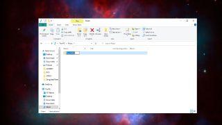 Create a new folder in Windows 10