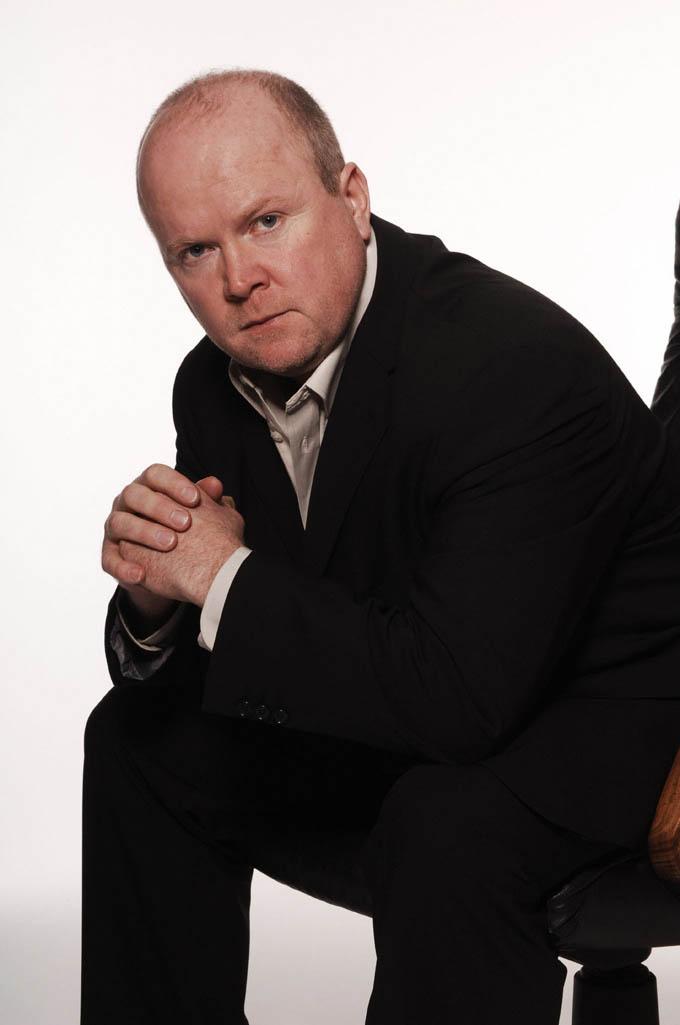 EastEnders' Phil to battle drug addiction