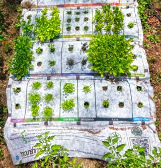 Earth Starter Nourishmat, gardening