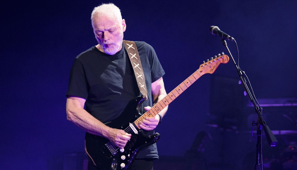 See David Gilmour, Pete Townshend and Billy Gibbons at Fleetwood Mac tribute gig
