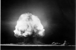 trinity-explosion-02