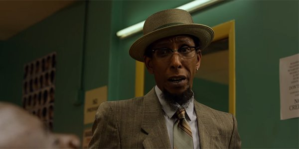 Ron Cephas Jones' Bobby Fish talking to Luke Cage in the Netflix series
