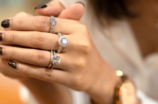 6ddbfc0e82e4e How you can get hold of designer rings for up to 80 per cent off
