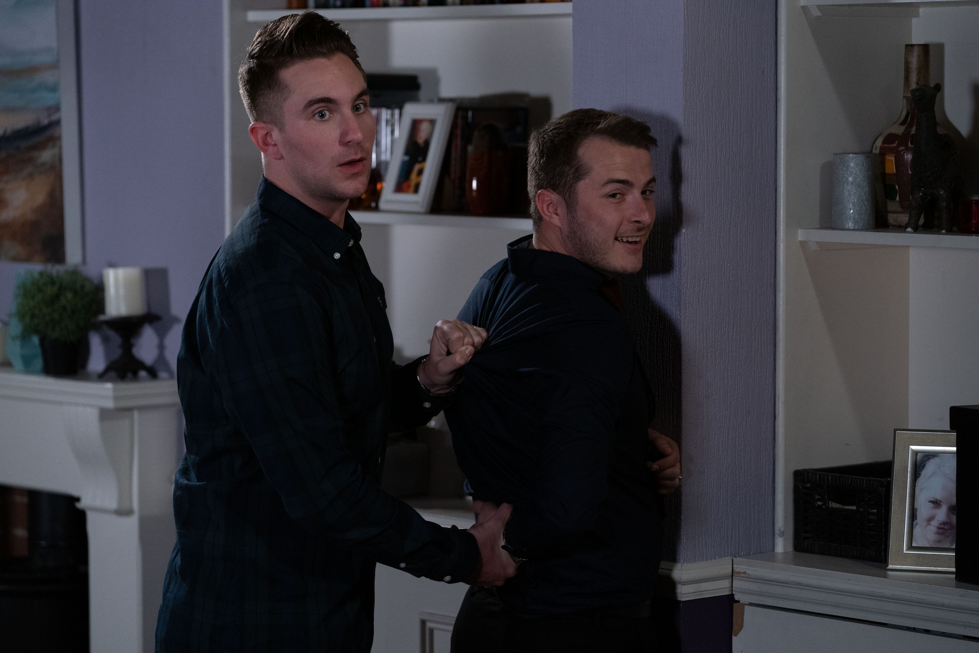 Ben Mitchell helps Callum Highway with his police training in EastEnders