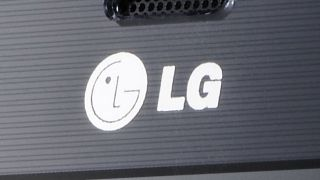 LG G2 battery confusion and colour options