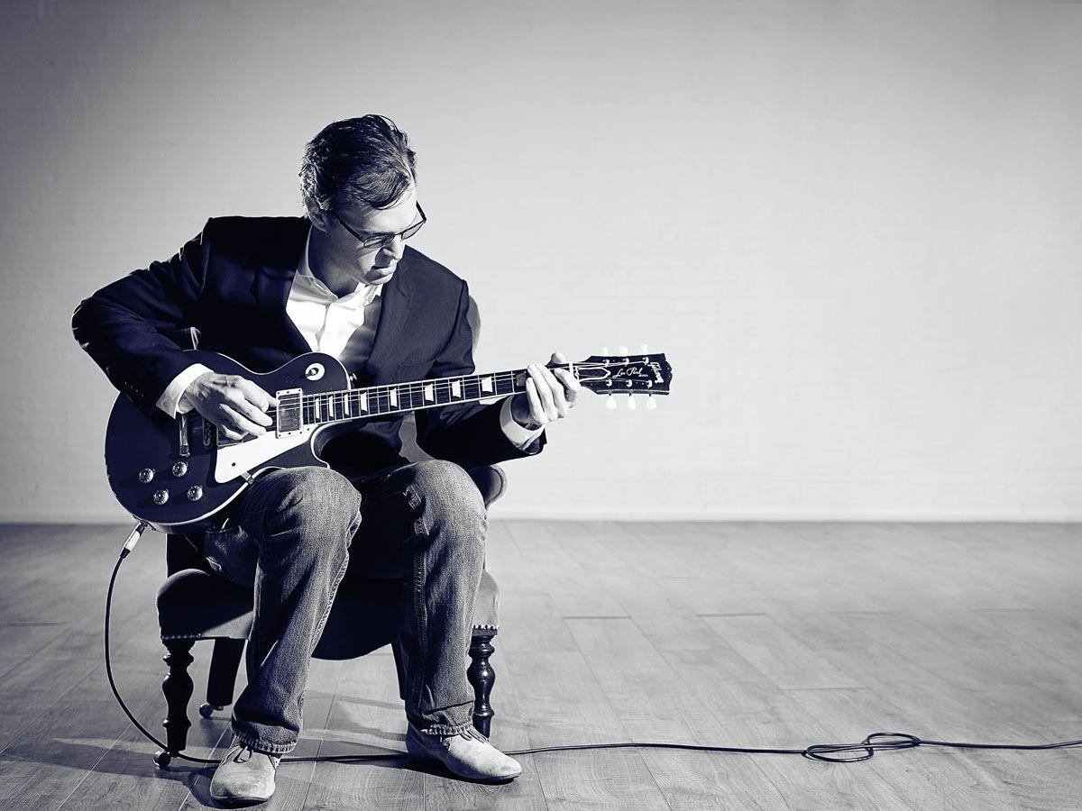 joe bonamassa exclusive blues guitar video lesson musicradar. Black Bedroom Furniture Sets. Home Design Ideas