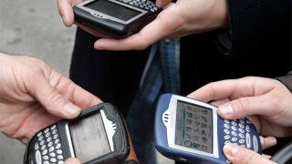 Blackberry s cracking down on phone leaks
