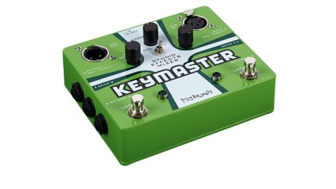 With the Keymaster you you get is a pair of true bypass effects loops, each with its own footswitch