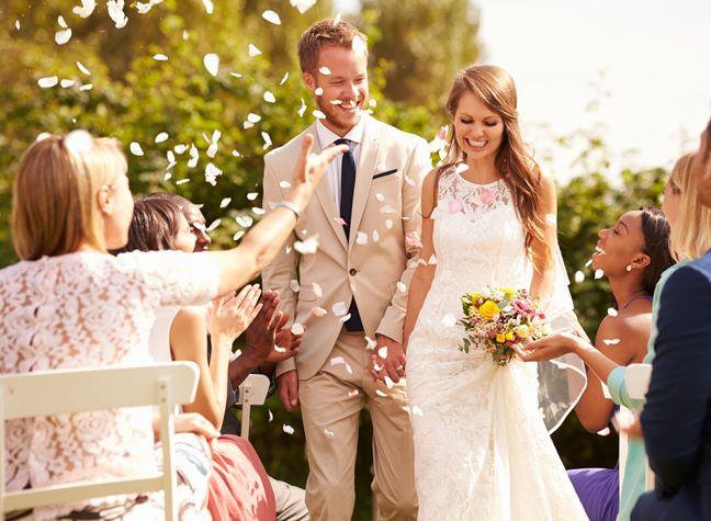 wedding etiquette can you wear cream to a wedding