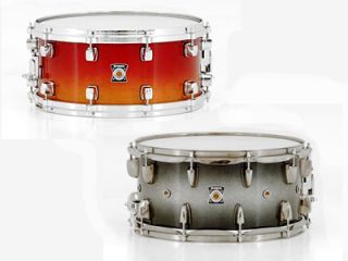 Maple Amber Sunburst S Series Snare (left) and Oak Black Sparkle Sunburst L Series Snare (right)