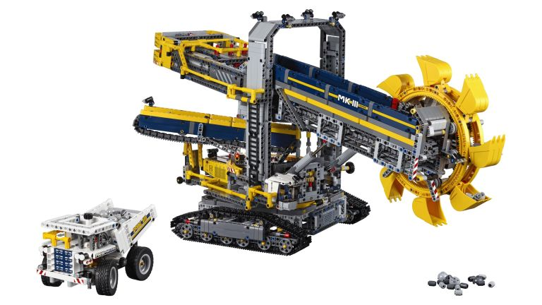 Save over 20% on this epic Lego Technic set