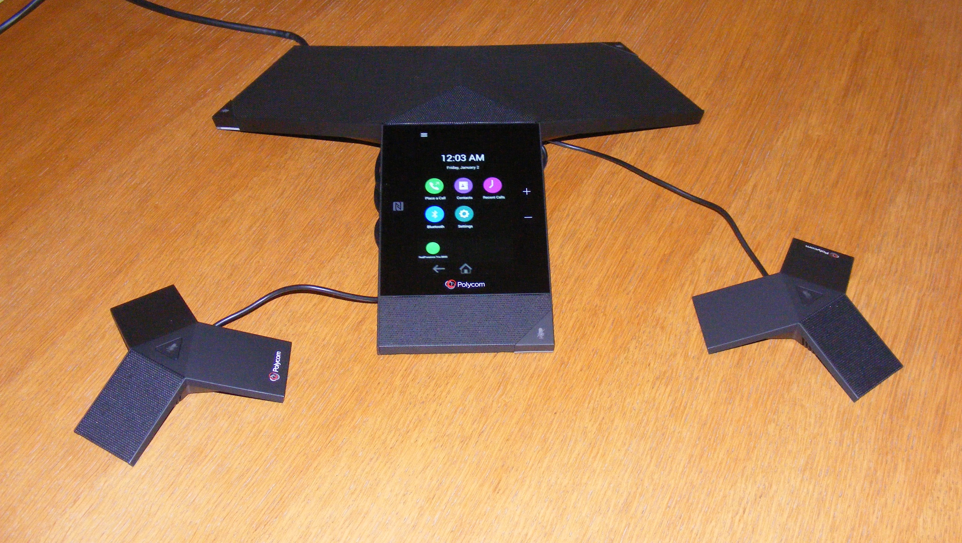 Hands on with the Polycom RealPresence Trio 8800 conference hub ...