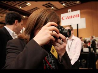 Hands-on with the Canon G1 X