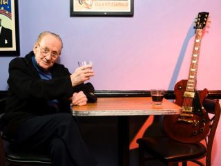 Les Paul and a friend hang in NYC