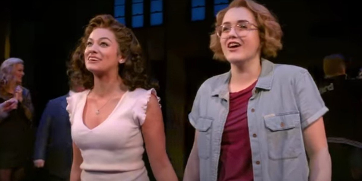 Caitlin Kinnunen and Isabelle McCalla in The Prom