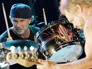 Chad Smith gives us the scoop on new Chickenfoot and Chili Peppers albums