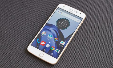 Moto Z Play Review: A Very Long-Lasting Phablet | Tom's Guide