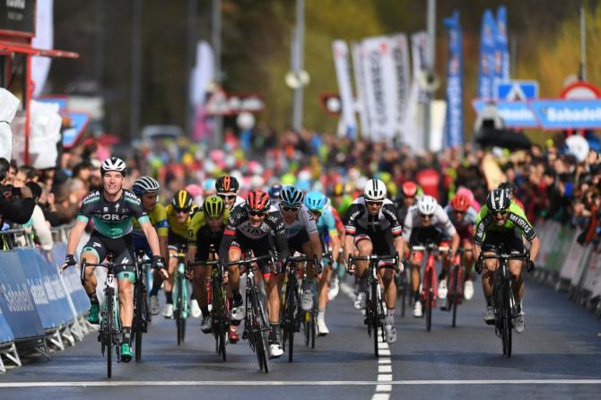 Jay McCarthy (Bora-Hansgrohe) wins the sprint