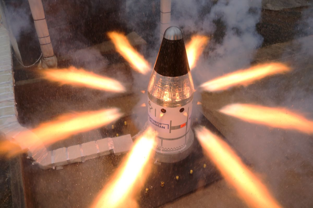 Critical rocket escape system motor for NASA's Orion spacecrafy aces final test