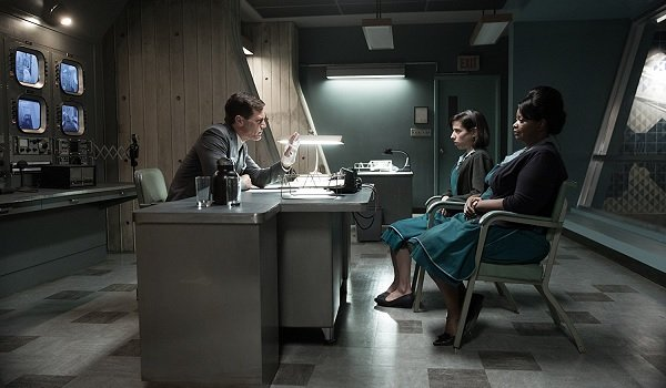 The Shape of Water Michael Shannon Sally Hawkins Octavia Spencer discussion in the fishbowl