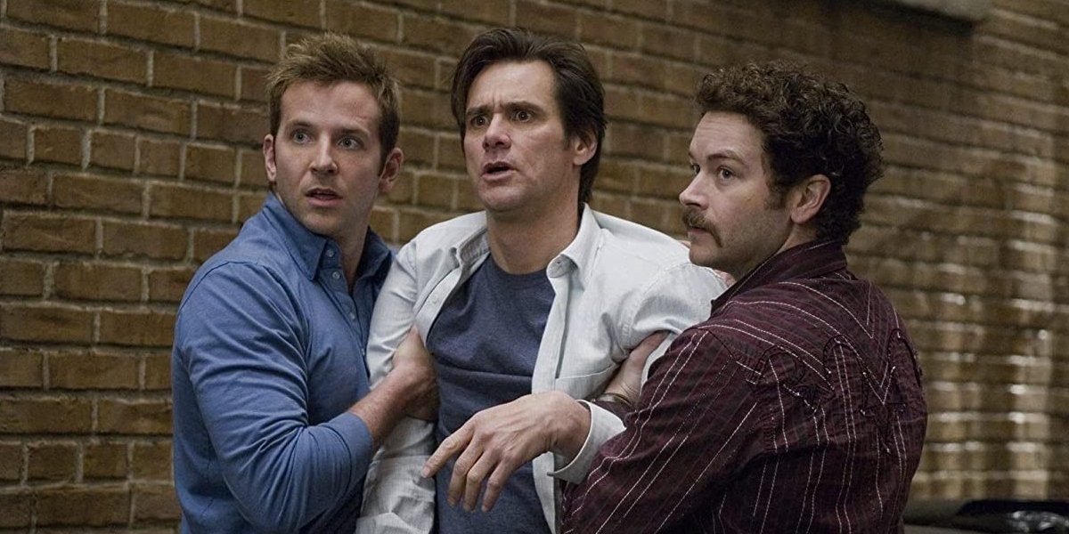 Bradley Cooper, Jim Carrey, and Danny Masterson in Yes Man