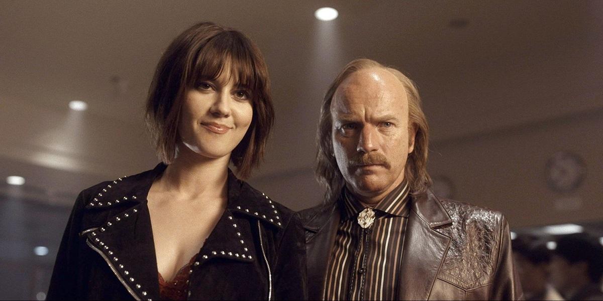 Ewan Mcgregor and Mary Elizabeth Winstead in Fargo Season 4